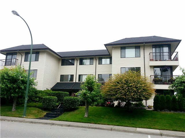 """Photo 2: Photos: 203 15317 THRIFT Avenue: White Rock Condo for sale in """"Nottingham"""" (South Surrey White Rock)  : MLS®# F1418103"""