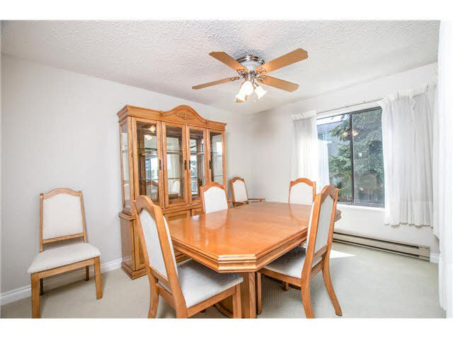 """Photo 4: Photos: 203 15317 THRIFT Avenue: White Rock Condo for sale in """"Nottingham"""" (South Surrey White Rock)  : MLS®# F1418103"""