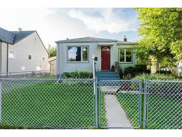 Main Photo: 127 Ellesmere Avenue in WINNIPEG: St Vital Residential for sale (South East Winnipeg)  : MLS®# 1420457