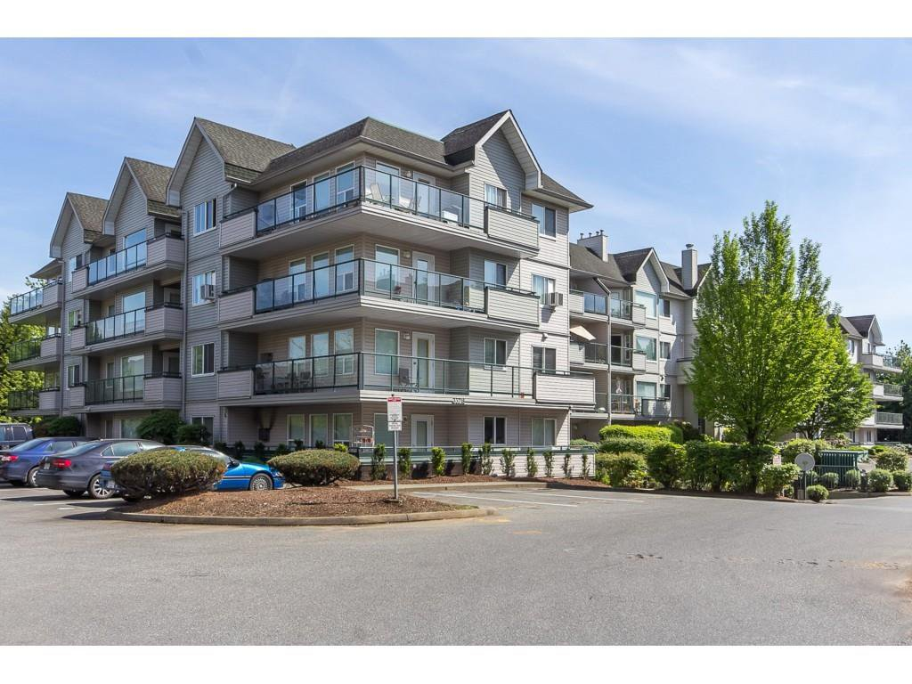 "Main Photo: 111 33718 KING Road in Abbotsford: Poplar Condo for sale in ""College Park"" : MLS®# R2425332"