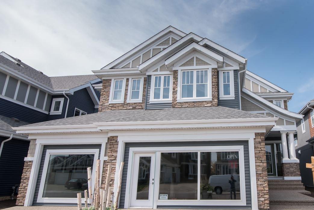 Main Photo: 2044 90 Street in Edmonton: Zone 53 House for sale : MLS®# E4195254