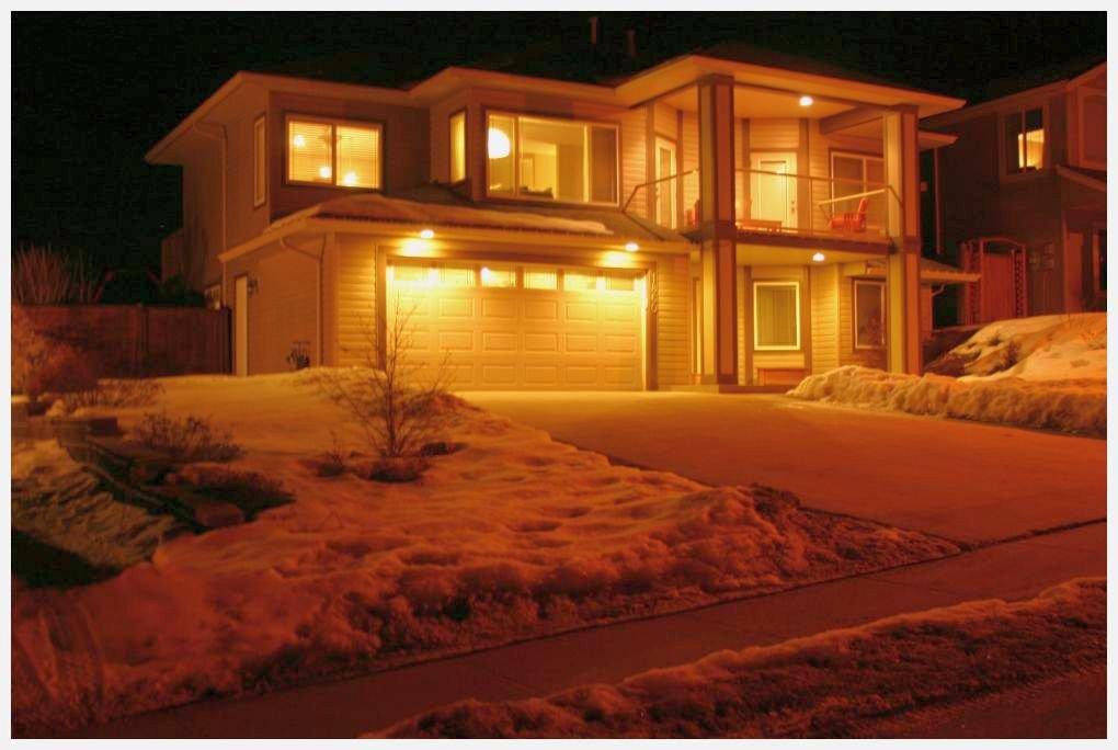 Main Photo: 1860 Northeast 24 Street in Salmon Arm: NE Salmon Arm House for sale (Shuswap/Revelstoke)  : MLS®# 10076996