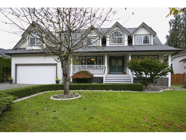Main Photo: 20923 YEOMANS CRESCENT in Langley: Walnut Grove House for sale : MLS®# R2010155