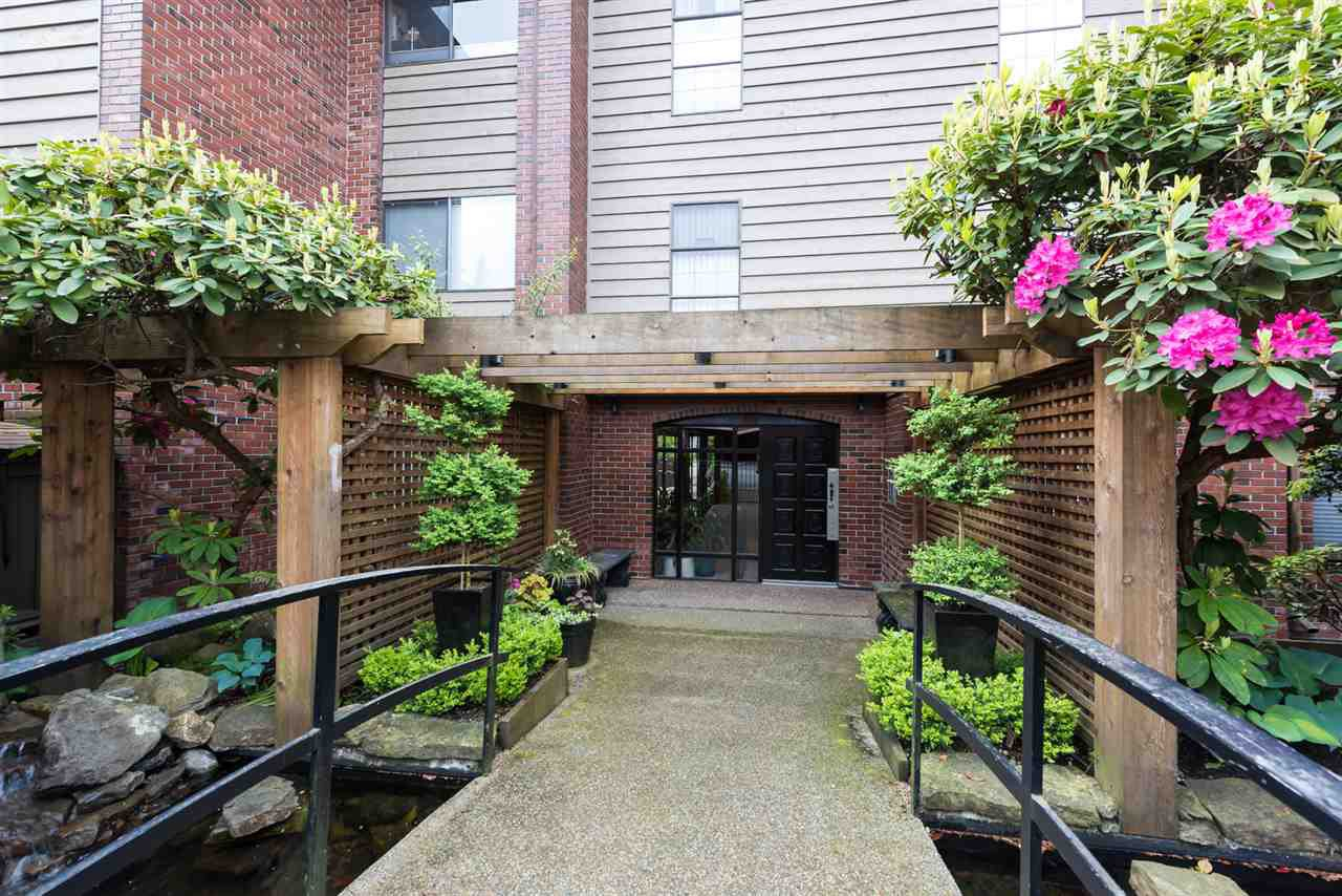 Photo 18: Photos: 207 101 E 29TH STREET in North Vancouver: Upper Lonsdale Condo for sale : MLS®# R2063449