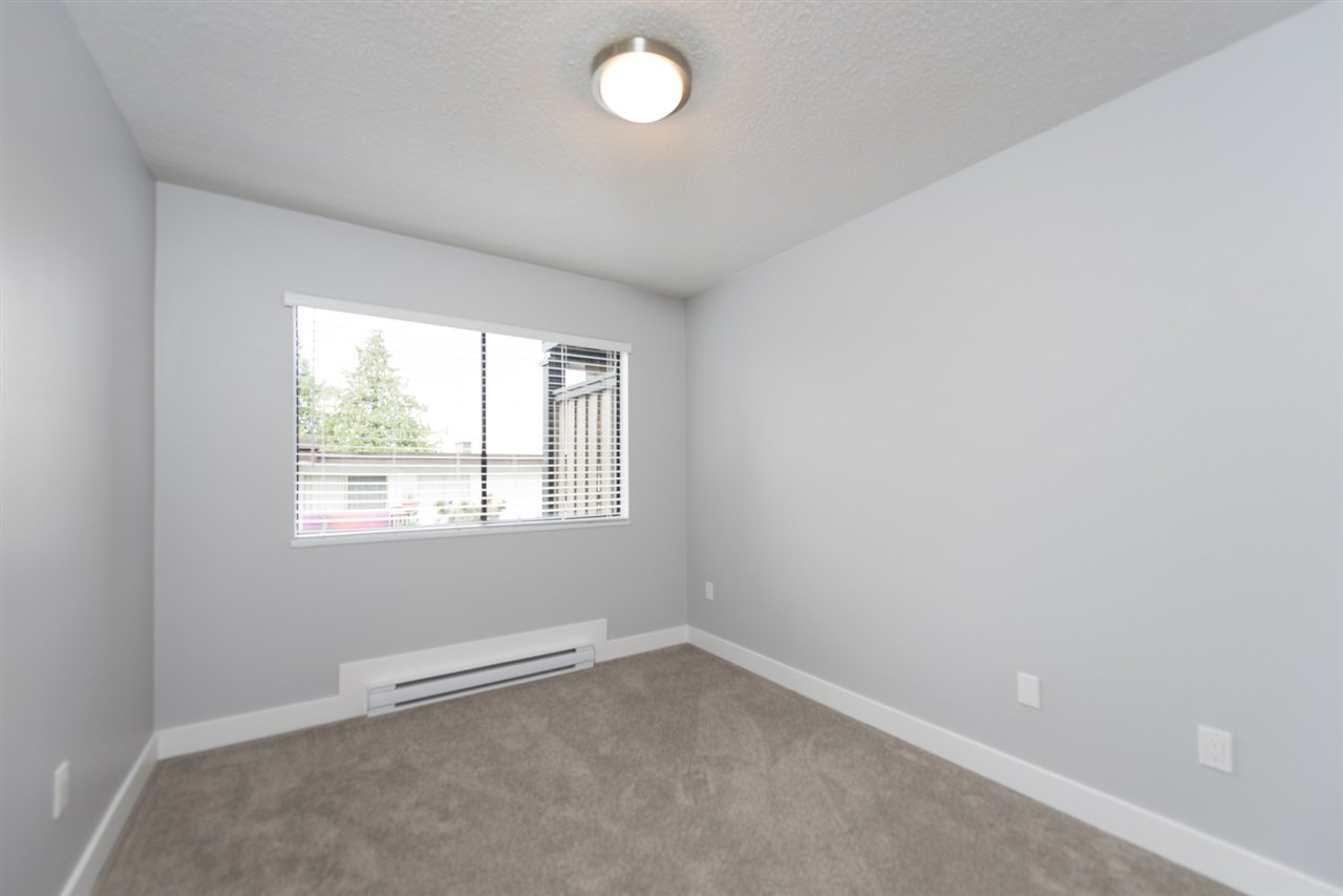 Photo 13: Photos: 207 101 E 29TH STREET in North Vancouver: Upper Lonsdale Condo for sale : MLS®# R2063449