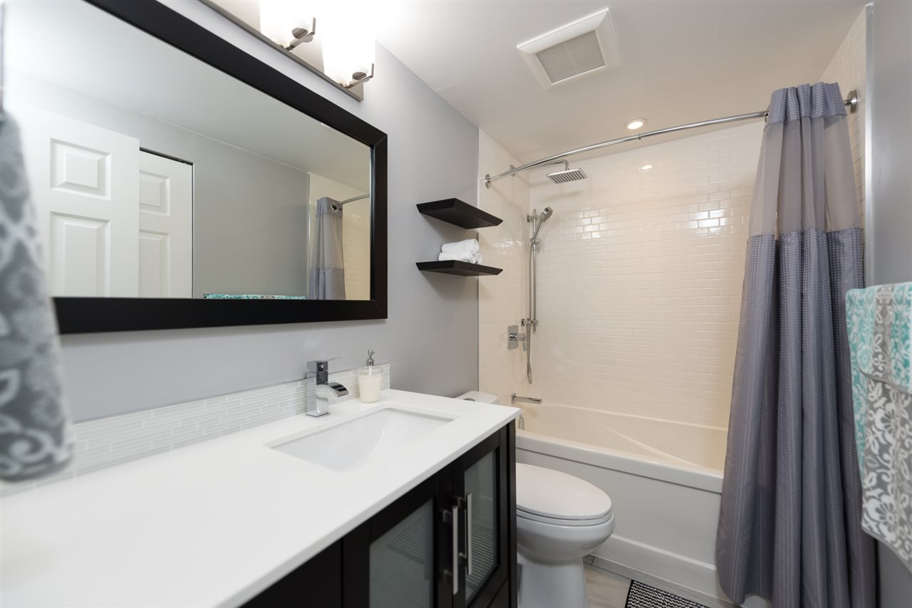 Photo 10: Photos: 207 101 E 29TH STREET in North Vancouver: Upper Lonsdale Condo for sale : MLS®# R2063449