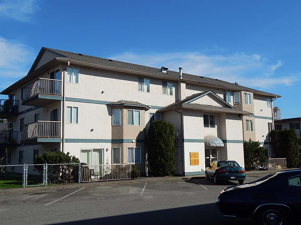 Main Photo: 16 46160 PRINCESS AVENUE in Chilliwack: Chilliwack E Young-Yale Condo for sale : MLS®# R2048322