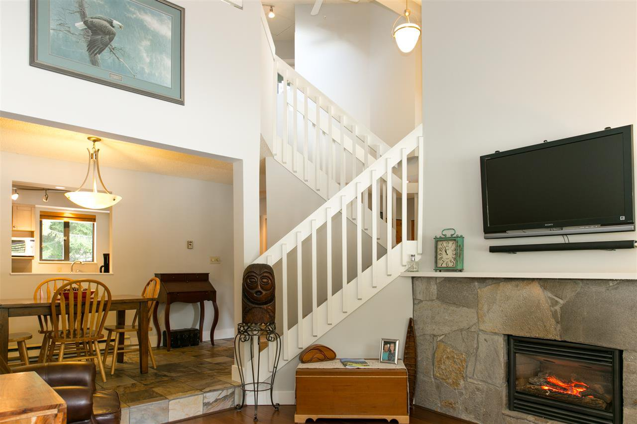 Photo 7: Photos: 10 2002 BAYSHORE DRIVE in Whistler: Bayshores Townhouse for sale : MLS®# R2260883