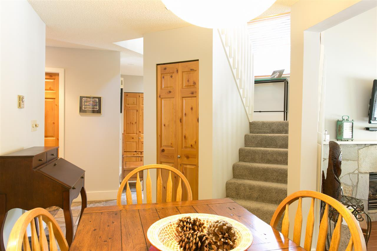 Photo 6: Photos: 10 2002 BAYSHORE DRIVE in Whistler: Bayshores Townhouse for sale : MLS®# R2260883