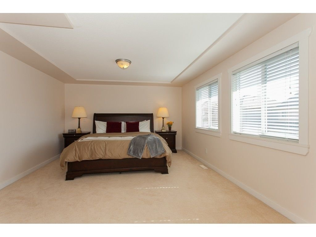 Photo 13: Photos: 18932 68B AVENUE in Surrey: Clayton House for sale (Cloverdale)  : MLS®# R2251083