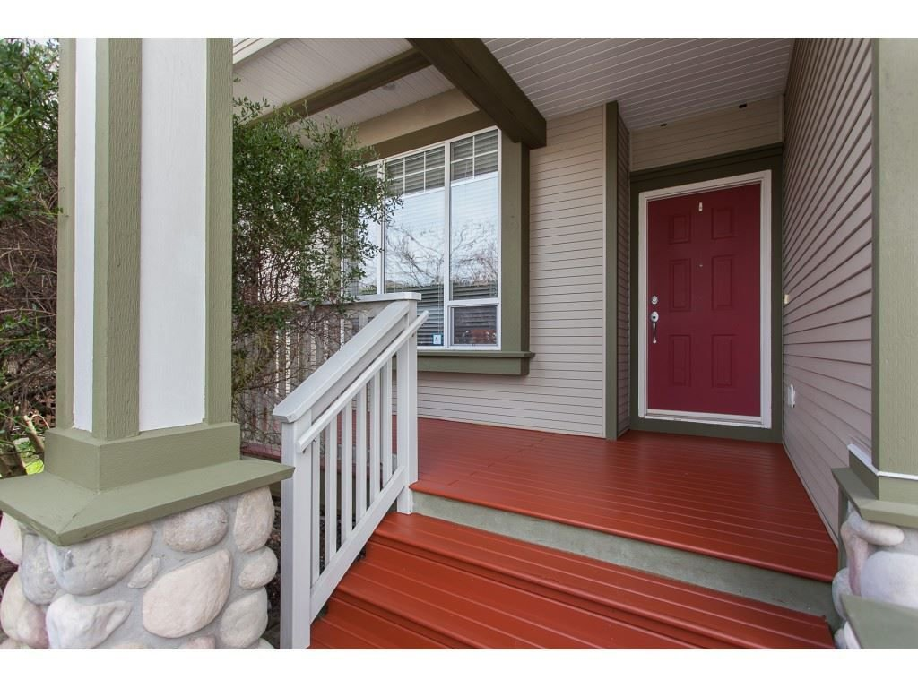 Photo 2: Photos: 18932 68B AVENUE in Surrey: Clayton House for sale (Cloverdale)  : MLS®# R2251083