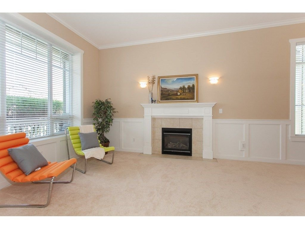 Photo 3: Photos: 18932 68B AVENUE in Surrey: Clayton House for sale (Cloverdale)  : MLS®# R2251083