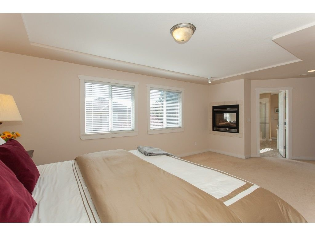 Photo 14: Photos: 18932 68B AVENUE in Surrey: Clayton House for sale (Cloverdale)  : MLS®# R2251083