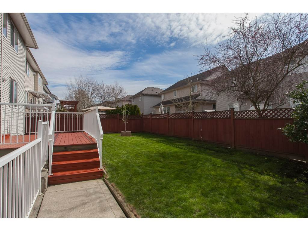 Photo 19: Photos: 18932 68B AVENUE in Surrey: Clayton House for sale (Cloverdale)  : MLS®# R2251083