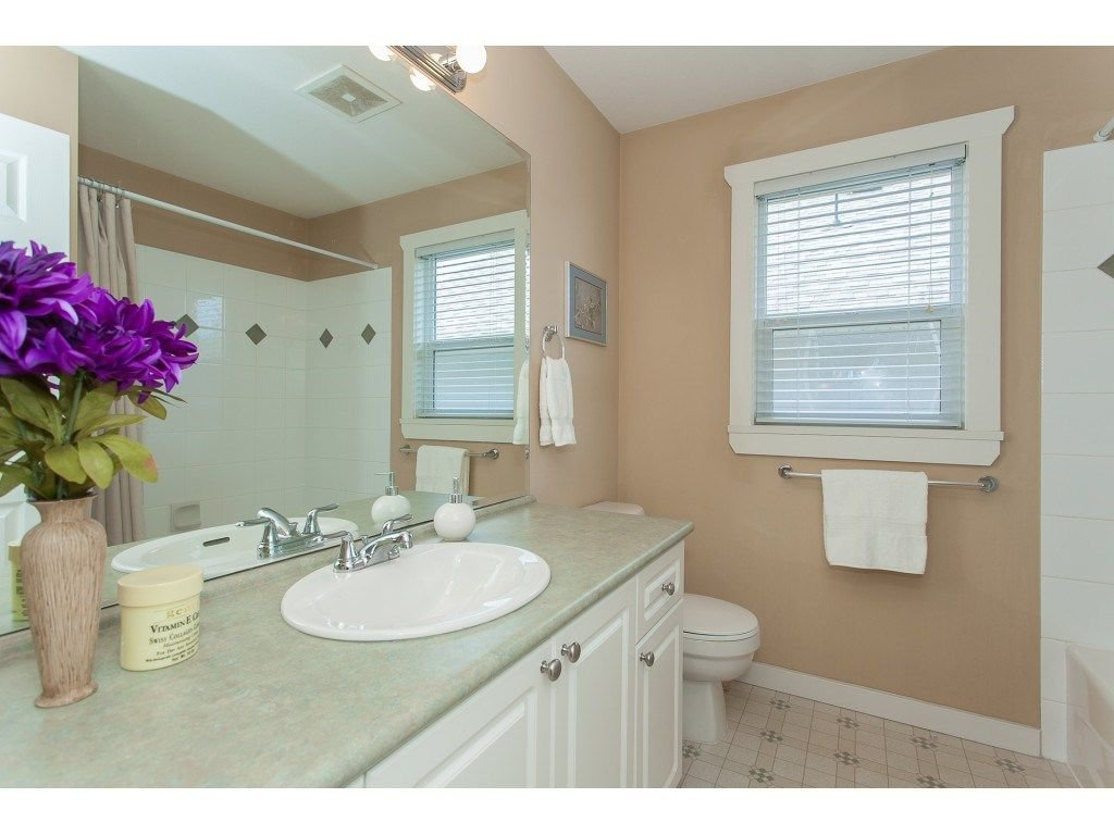 Photo 18: Photos: 18932 68B AVENUE in Surrey: Clayton House for sale (Cloverdale)  : MLS®# R2251083