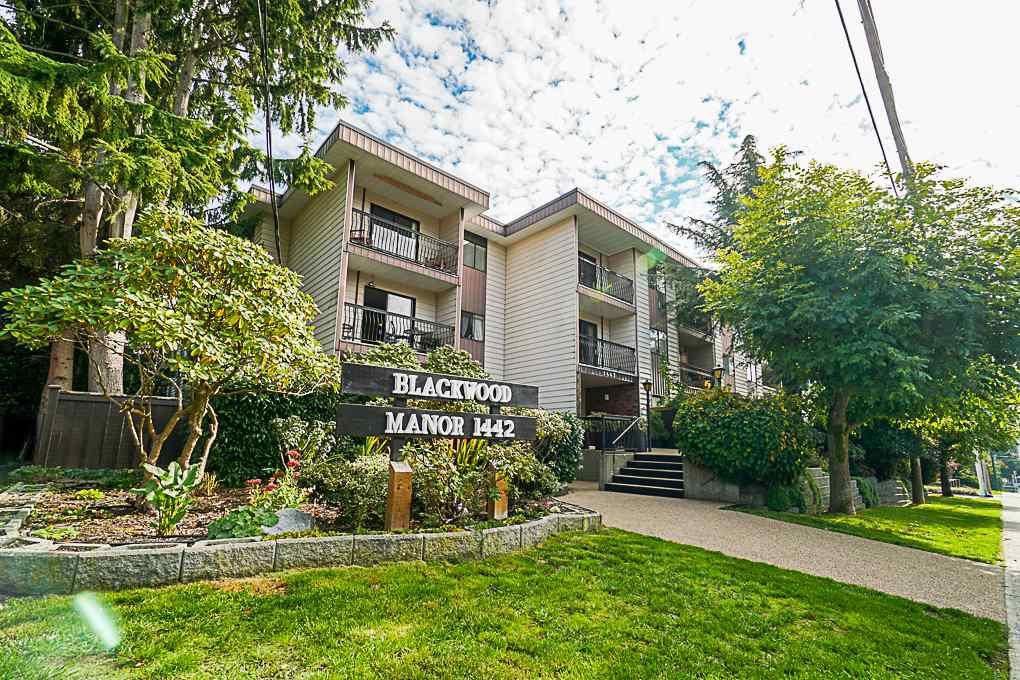 Main Photo: 317 1442 BLACKWOOD Street: White Rock Condo for sale (South Surrey White Rock)  : MLS®# R2446574