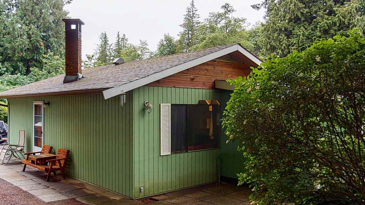 Main Photo: 7787 FAWN Road in Halfmoon Bay: Halfmn Bay Secret Cv Redroofs House for sale (Sunshine Coast)  : MLS®# R2472659