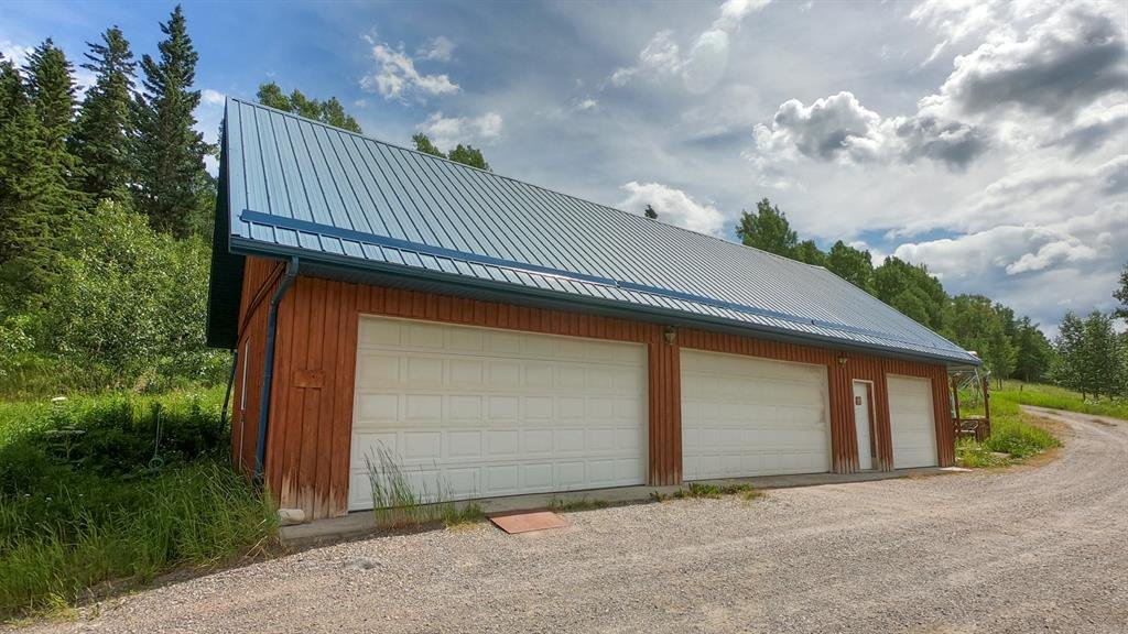 Photo 37: Photos: 74194 Highway 40 in Rural Bighorn No. 8, M.D. of: Rural Bighorn M.D. Detached for sale : MLS®# A1017139