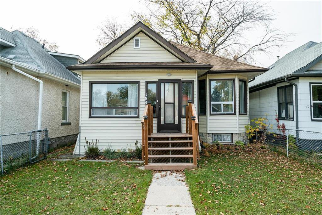 Main Photo: 184 ROSEBERRY Street in Winnipeg: Bruce Park Residential for sale (5E)  : MLS®# 202021794