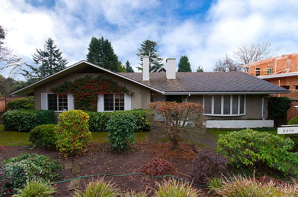 Main Photo: 3210 W 48TH Avenue in Vancouver: Southlands House for sale (Vancouver West)  : MLS®# V983958