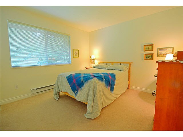 """Photo 10: Photos: 145 101 PARKSIDE Drive in Port Moody: Heritage Mountain Townhouse for sale in """"TREETOPS"""" : MLS®# V1078702"""
