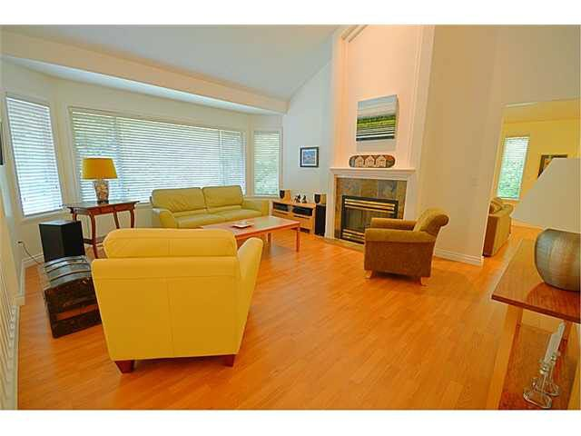 """Photo 2: Photos: 145 101 PARKSIDE Drive in Port Moody: Heritage Mountain Townhouse for sale in """"TREETOPS"""" : MLS®# V1078702"""