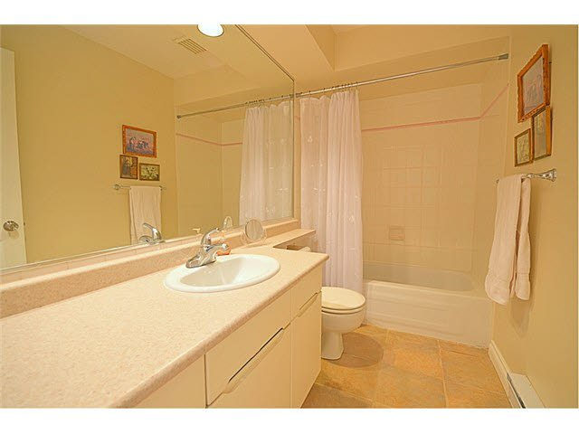 """Photo 11: Photos: 145 101 PARKSIDE Drive in Port Moody: Heritage Mountain Townhouse for sale in """"TREETOPS"""" : MLS®# V1078702"""