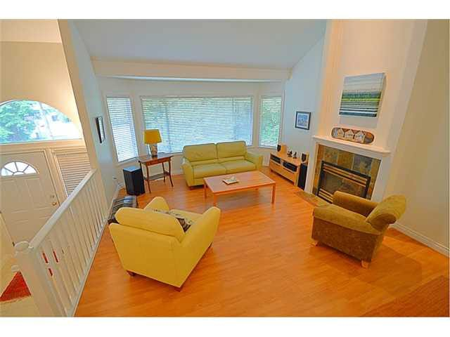"""Photo 1: Photos: 145 101 PARKSIDE Drive in Port Moody: Heritage Mountain Townhouse for sale in """"TREETOPS"""" : MLS®# V1078702"""