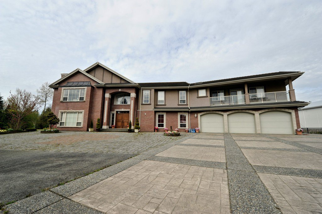Photo 6: Photos: 23751 16 ave in Langley: Home for sale : MLS®# F3200594
