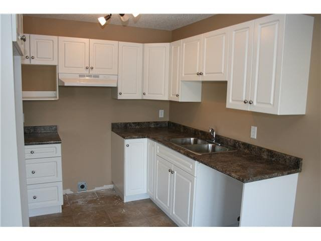 Main Photo: 10 46260 HARFORD STREET in Chilliwack: Chilliwack N Yale-Well Condo for sale : MLS®# R2133069