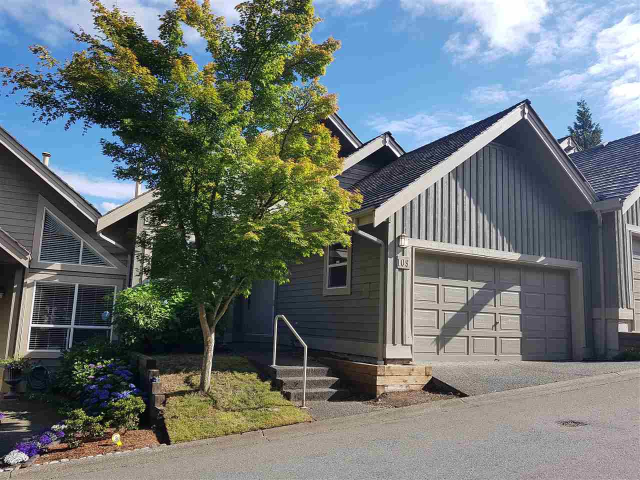 Main Photo: 109 1465 PARKWAY BOULEVARD in Coquitlam: Westwood Plateau Townhouse for sale : MLS®# R2385560
