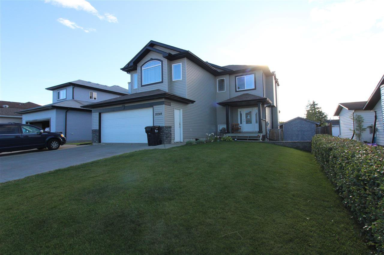 Main Photo: 10248 110 Avenue: Westlock House for sale : MLS®# E4210209