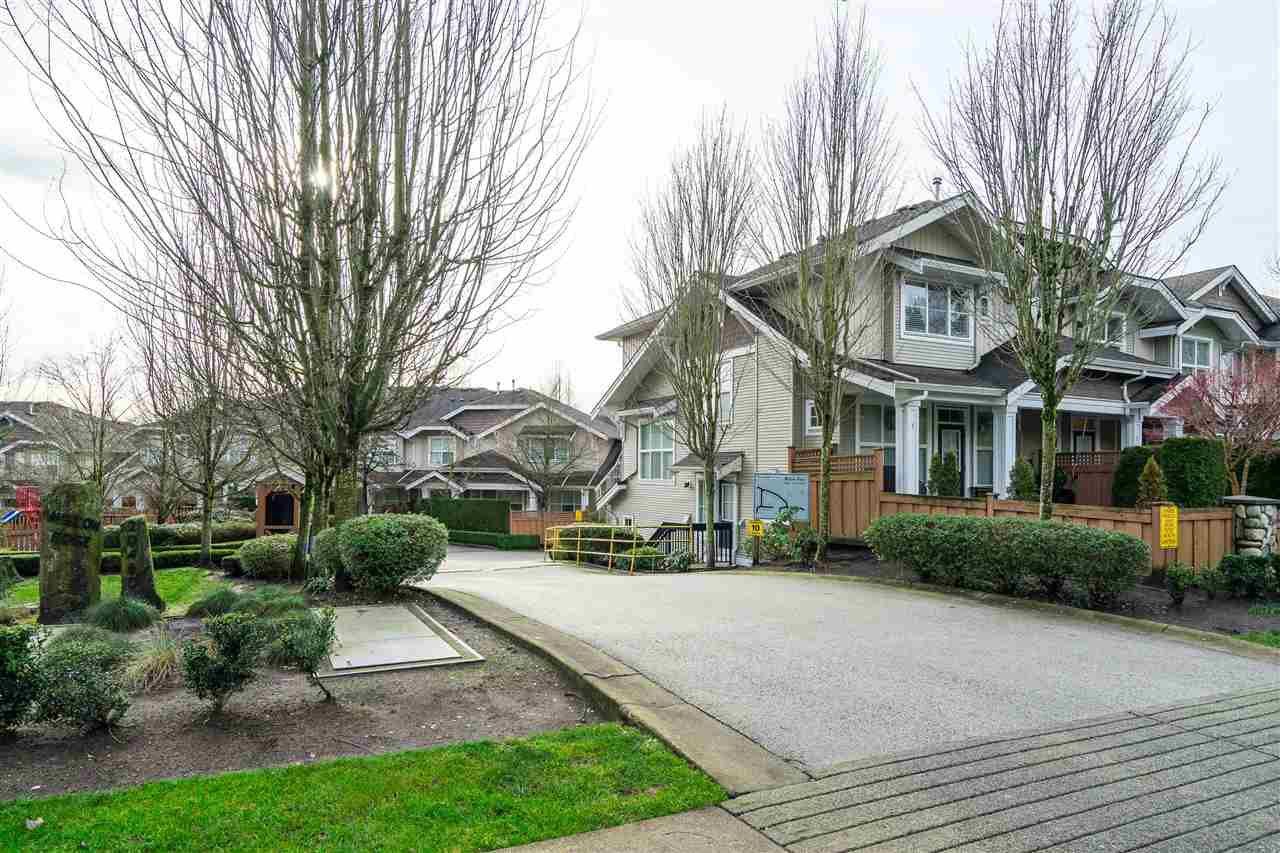 "Main Photo: 79 20460 66 Avenue in Langley: Willoughby Heights Townhouse for sale in ""WILLOW EDGE"" : MLS®# R2527470"
