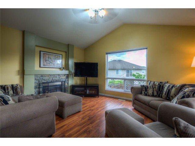 """Main Photo: 23735 115A AV in Maple Ridge: Cottonwood MR House for sale in """"GILKER HILL"""" : MLS®# V1007430"""