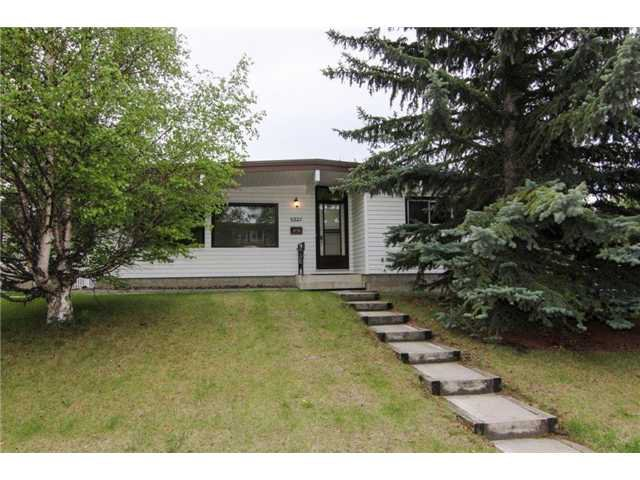 Main Photo: 5327 LAKEVIEW Drive SW in CALGARY: Lakeview Residential Detached Single Family for sale (Calgary)  : MLS®# C3571969