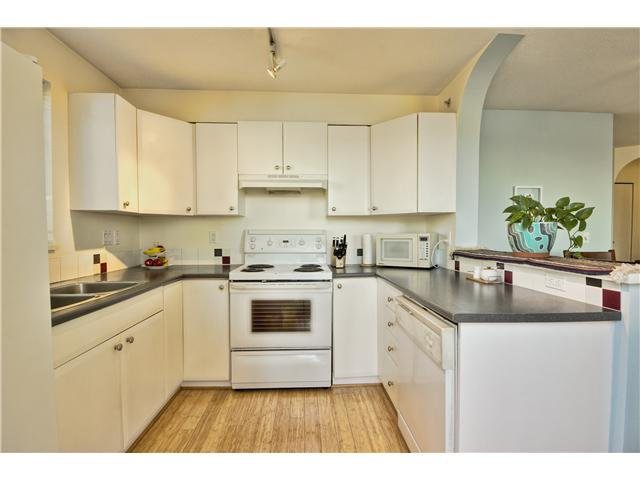 Main Photo: # 405 6833 VILLAGE GR in Burnaby: Highgate Condo for sale (Burnaby South)  : MLS®# V1033625