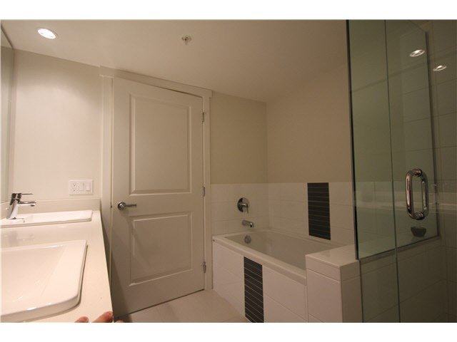 Photo 10: Photos: 217 3163 RIVERWALK AVENUE in Vancouver: Champlain Heights Condo for sale (Vancouver East)  : MLS®# R2062360