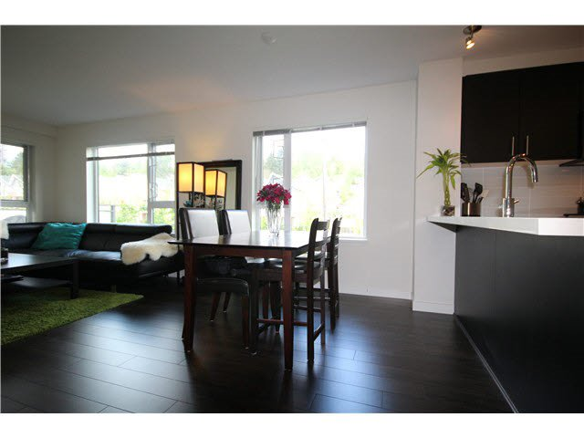 Photo 4: Photos: 217 3163 RIVERWALK AVENUE in Vancouver: Champlain Heights Condo for sale (Vancouver East)  : MLS®# R2062360