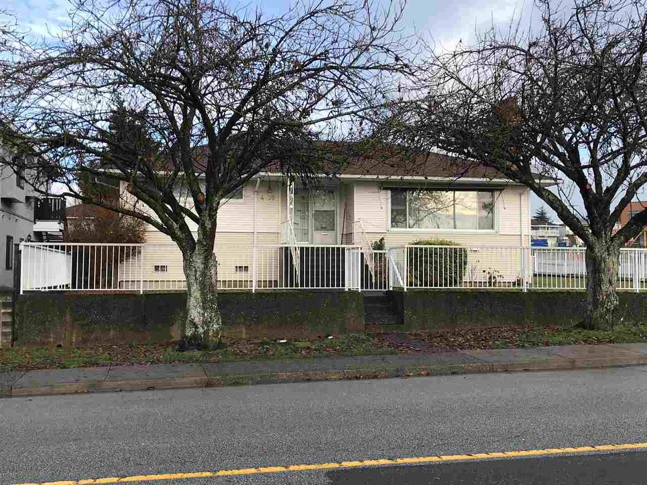 Main Photo: 4589 PARKER STREET in Burnaby: Brentwood Park House for sale (Burnaby North)  : MLS®# R2326745