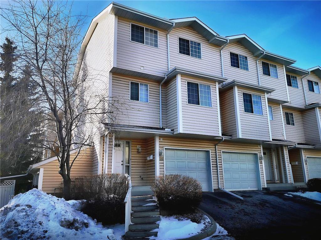 Main Photo: 401 HAWKSTONE Manor NW in Calgary: Hawkwood Row/Townhouse for sale : MLS®# C4278968