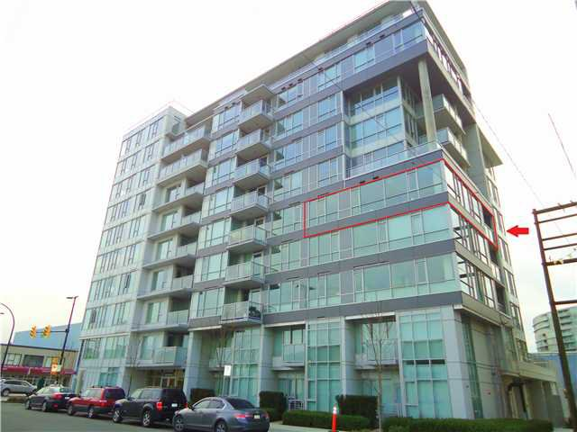 "Main Photo: 603 1887 CROWE Street in Vancouver: False Creek Condo for sale in ""PINNACLE FALSE CREEK ONE"" (Vancouver West)  : MLS®# V1019849"