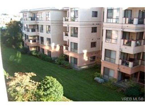 Main Photo:  in VICTORIA: Vi Burnside Condo for sale (Victoria)  : MLS®# 380652