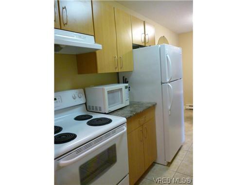 Photo 4: Photos: 12 848 Esquimalt Road in VICTORIA: Es Old Esquimalt Residential for sale (Esquimalt)  : MLS®# 319030