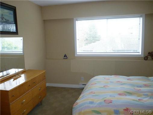 Photo 7: Photos: 12 848 Esquimalt Road in VICTORIA: Es Old Esquimalt Residential for sale (Esquimalt)  : MLS®# 319030