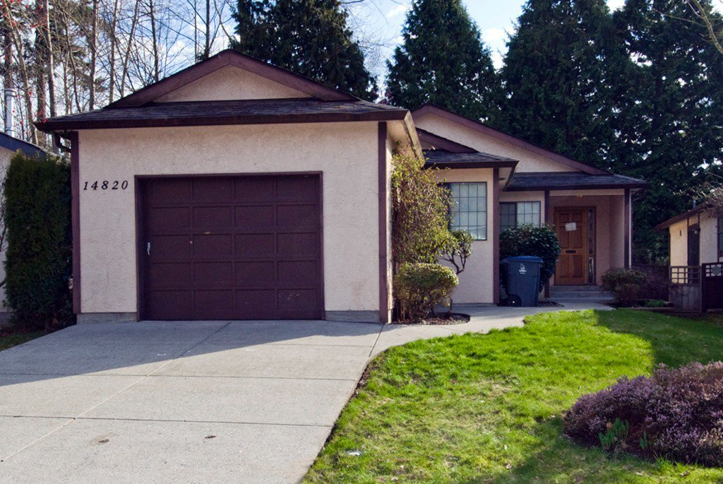 Main Photo: 14820 17 Avenue in Surrey: White Rock House for sale