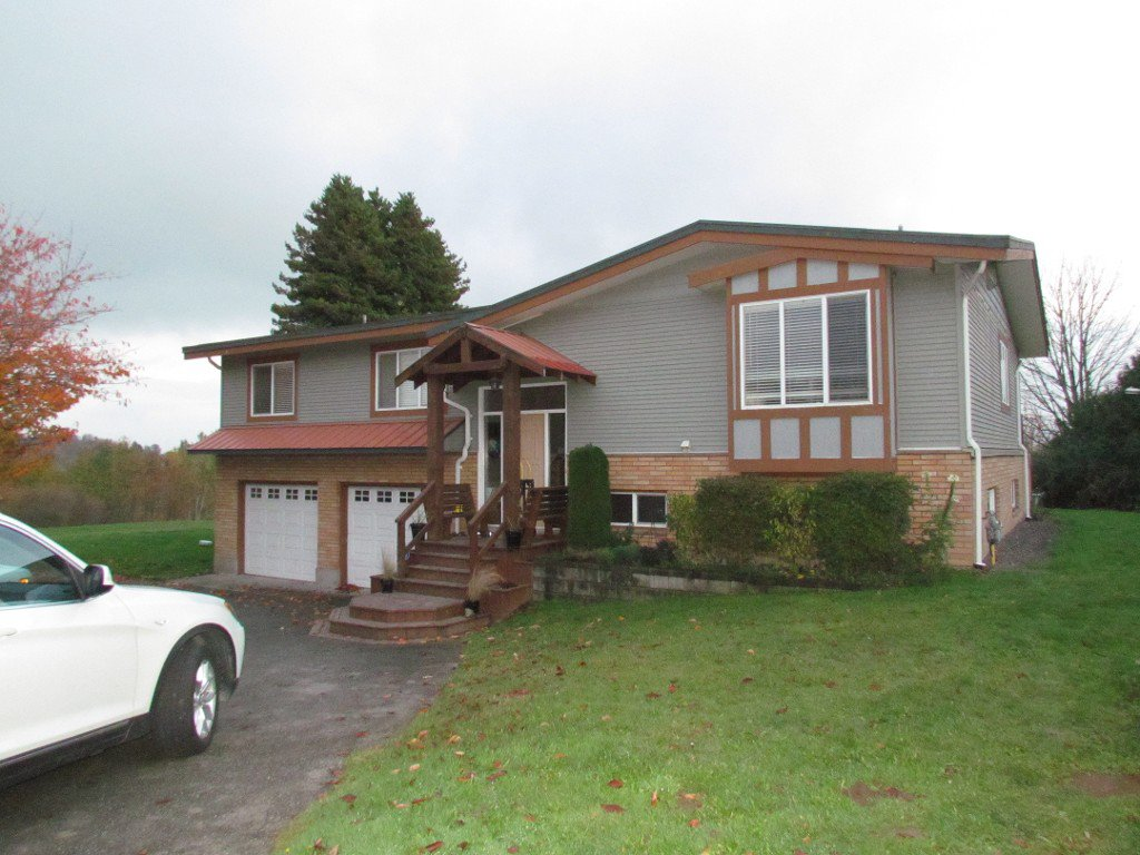 Main Photo: 1030 Ross Rd. in Abbotsford: Abbotsford West House for rent