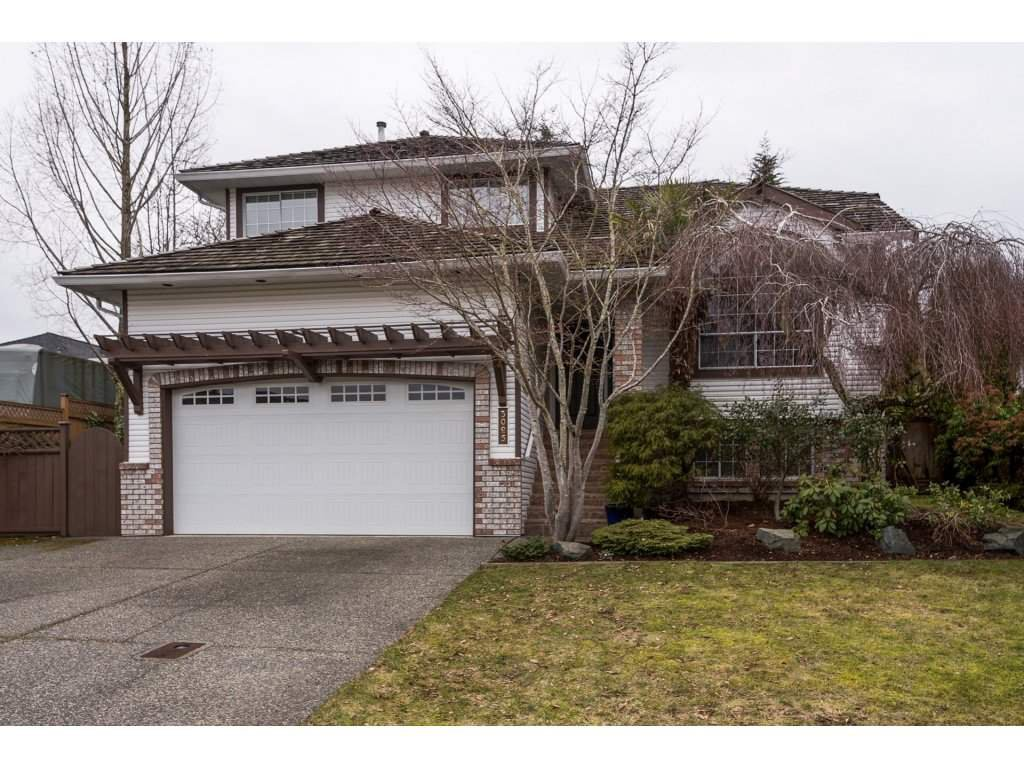 Main Photo: 3025 Southern Crescent in Abbotsford: Abbotsford West House for rent