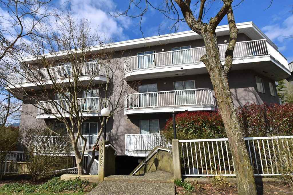 Main Photo: 206 2023 FRANKLIN STREET in Vancouver: Hastings Condo for sale (Vancouver East)  : MLS®# R2266371