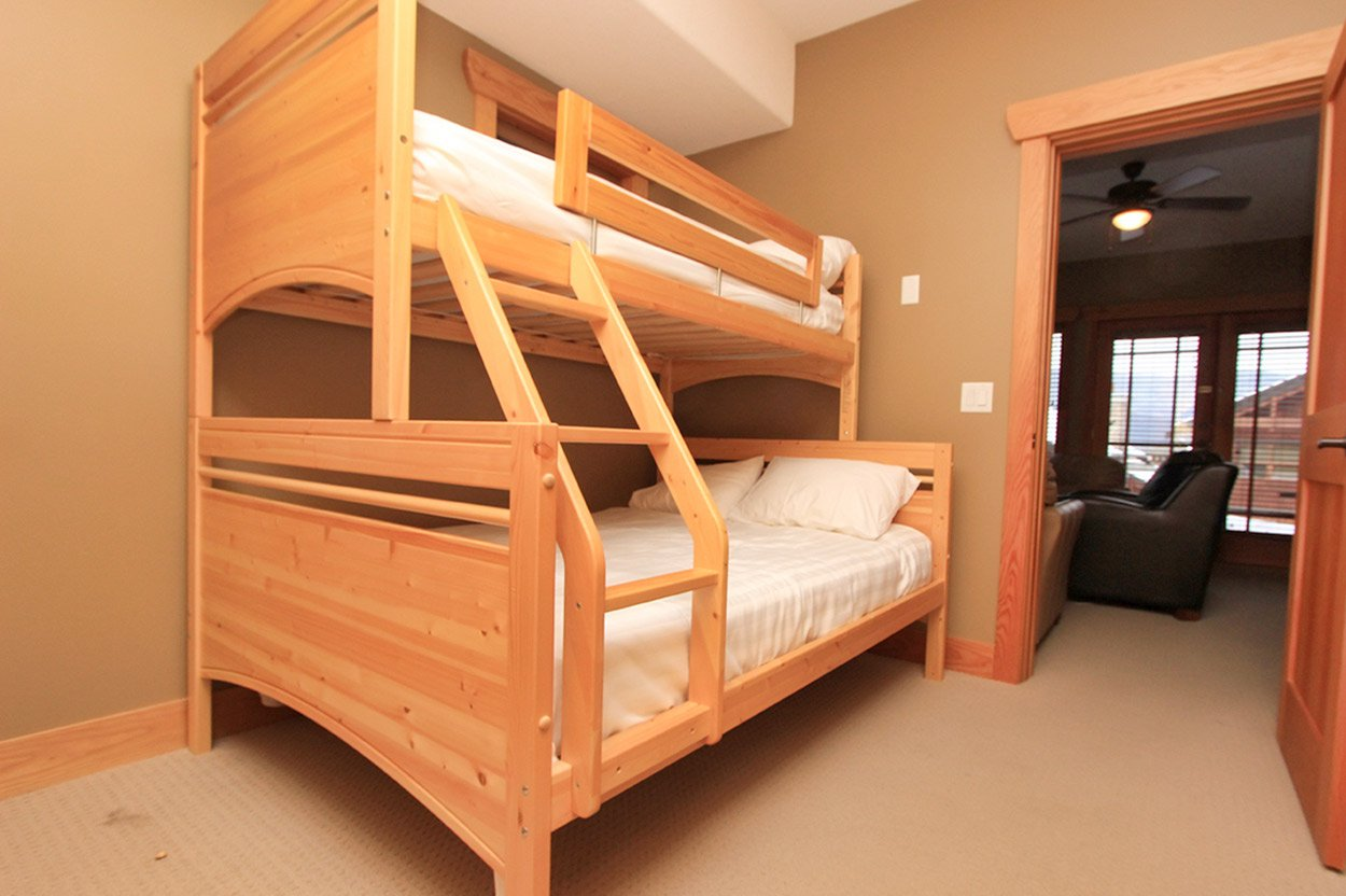 Photo 32: Photos: #22 2479 Eagle Bay Road: Blind Bay House for sale (Shuswap)  : MLS®# 10176728