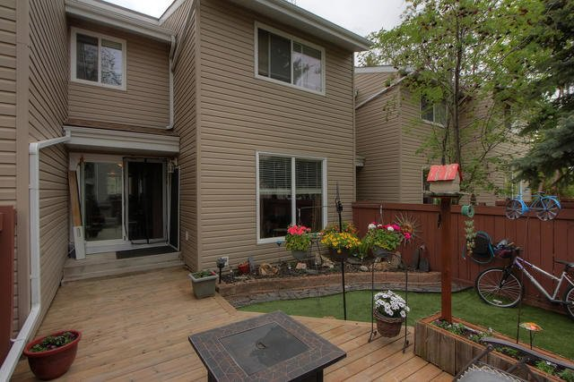 Main Photo: 107 87 BROOKWOOD Drive: Spruce Grove Townhouse for sale : MLS®# E4172186